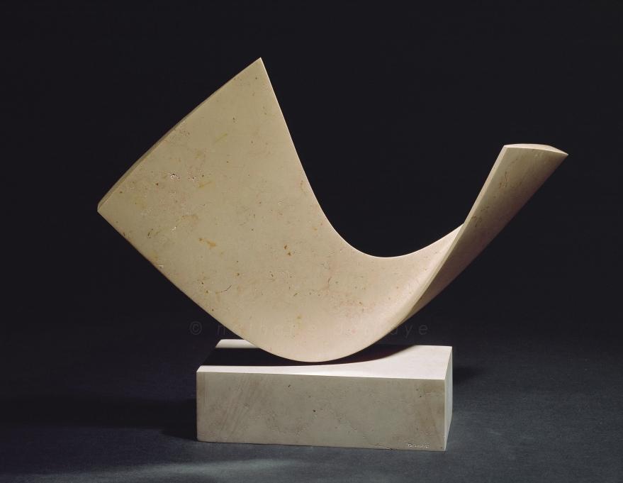calcaire comblanchien  56x42x23 cm  2001