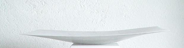 Luce I  marmo bianco venato  68x35x4.8 cm  2009  projet ad projection images vidéo lumière paradis©n.delhaye