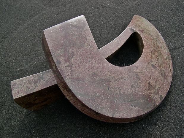 sans titre  marbre de Collombey  58x42x25 cm  2005